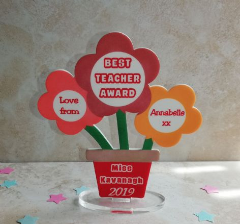 Best Teacher / SNA Award Flower Plaque